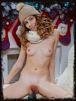 A sweet and warm holiday treat from the blue-eyed goddess...
