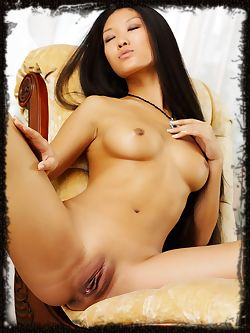 Asian princess, rules the set and the house and any man...