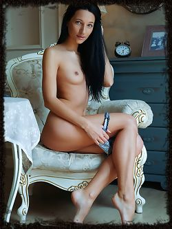 Kenya strips on the chair baring her sexy body....